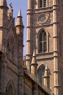 La basilique Notre-Dame (Leconte, Marie © Leconte, Marie. Source: www.vieux.montreal.qc.ca. Tous droits réservés.)